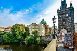 Prague City Tour & Boat & Charles Bridge - preview image