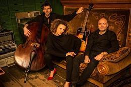 Petra Ernyeiová Trio - aperçu de l'image