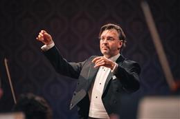 Tomáš Netopil & Czech Philharmonic - preview image