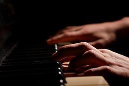 Hommage aux légendes du jazz mondial - aperçu de l'image