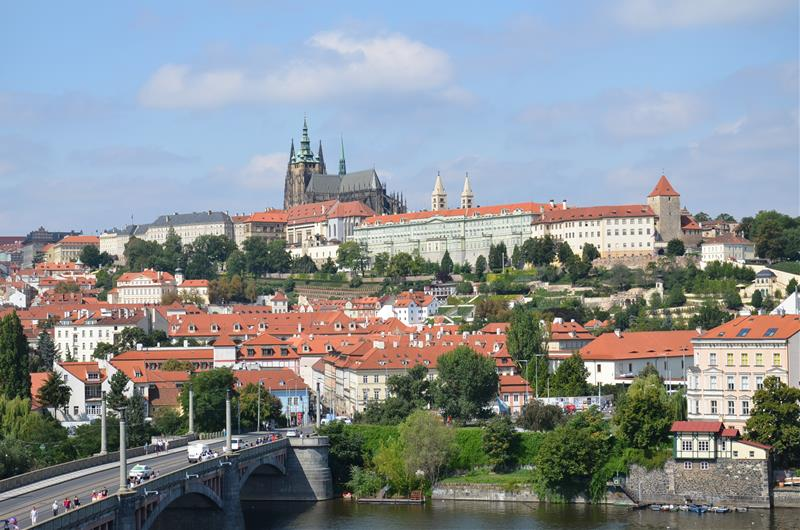 January Sat HopOn HopOff Prague Buy - A walking tour of prague 15 historical landmarks